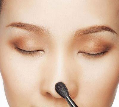 Cách trang điểm cho mũi to