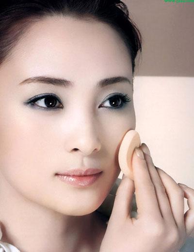 Phương pháp trang điểm cho mũi tẹt