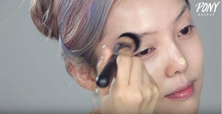 cách trang điểm khắc phục mũi tẹt-3
