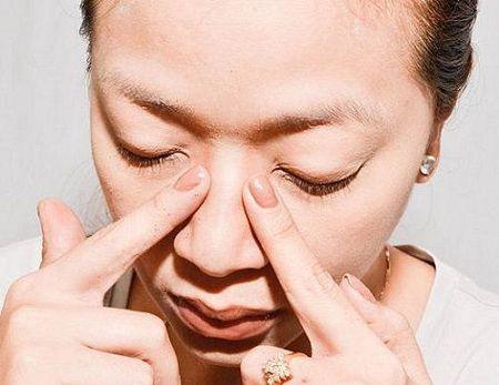 Cách làm mũi nhỏ lại bằng massage đem lại hiệu quả cao