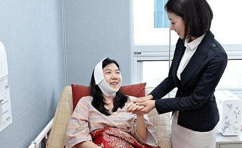 Chuyên gia tư vấn thu gọn đầu mũi tại Kangnam