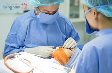 Các chuyên gia tư vấn bị viêm gan B có nên nâng mũi không