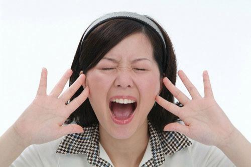 Hướng dãn các cách vuốt mũi biến mũi tẹt thành mũi cao tại nhà