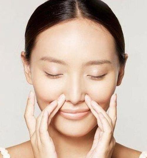 Cắt cánh mũi bao lâu thì lành và tạo dáng mũi thon gọn, cân đối