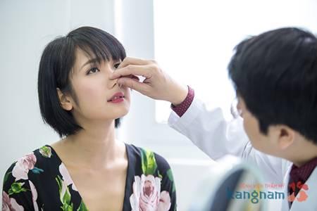 Chăm sóc mũi sau nâng mũi cấu trúc 6
