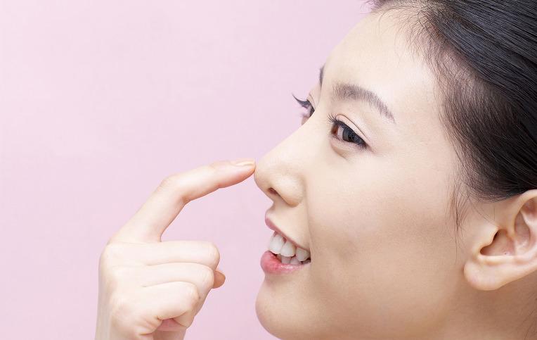 Có nên nâng mũi bọc sụn không?