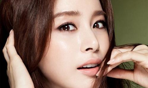 Sở hữu mũi đẹp hoàn hảo đến từng milimet- Đâu cứ phải sang Hàn